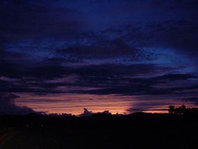 800px-Dark_night